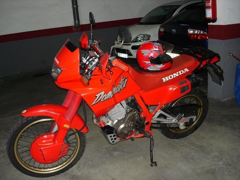 Vendo Moto Trail.