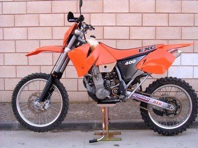 VENDO KTM 400 EXC 2001 A/E MATRICULADA