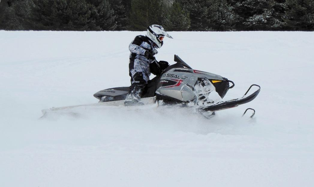 Moto de nieve polaris assault rmk 800 de 155cv
