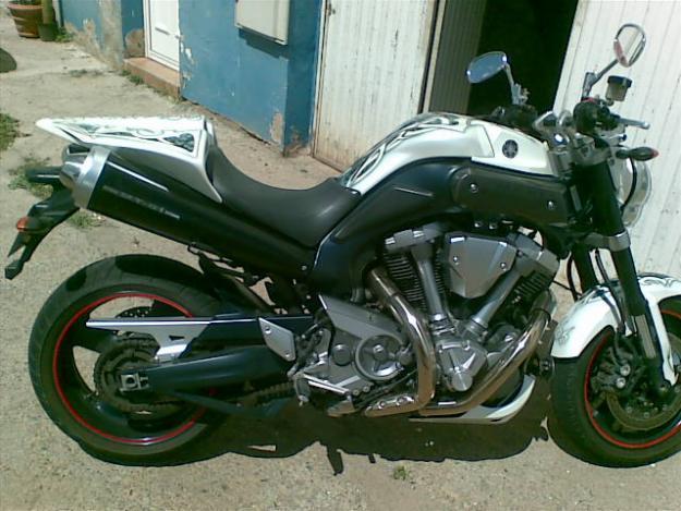 Vendo Yamaha MT01