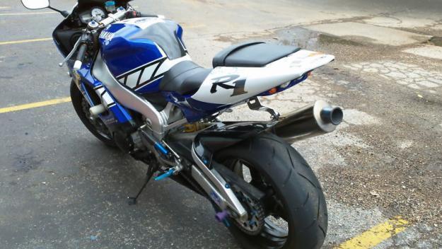 2001 Yamaha YZF-R R1