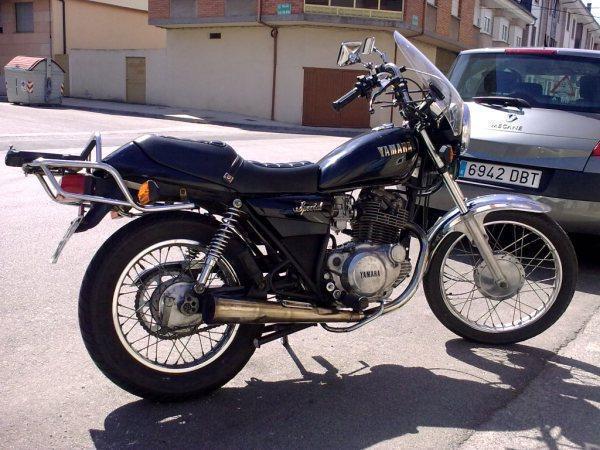 Vendo YAMAHA SR 250 Special