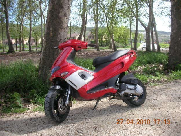 vendo gilera runner 50 sp 600€!!!!!!