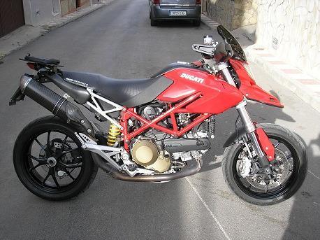 Ducati Hypermotard S 1100 Rojo