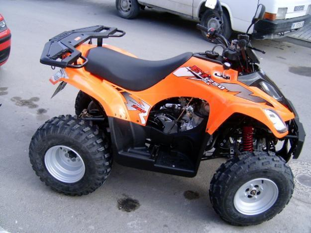 VENDO QUAD DAELIM ET 250CC PERFECTO ESTADO