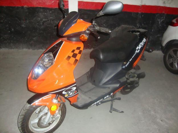 se vende scooters