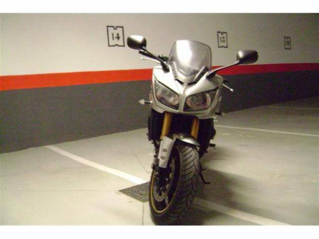 Yamaha FZ 1 FAZER NAKED
