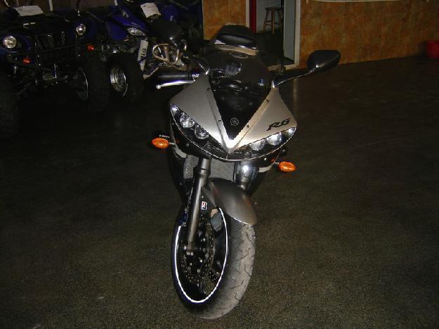Yamaha R6 03' cojo cambio