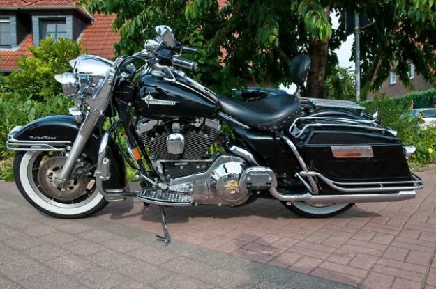 Harley Davidson Road King FLT