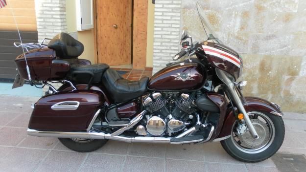 Vendo moto custom Yamaha Royal Star Venture 1300