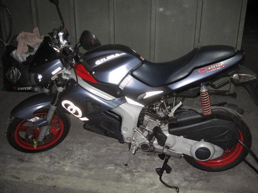Vendo moto Gilera DNA 125, Itv pasada hasta agosto 2015, perfecta!