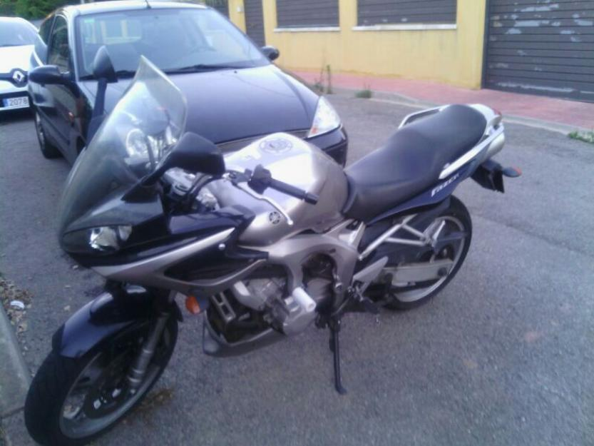 Vendo moto Yamaha Fazer 600 por cambio de residencia