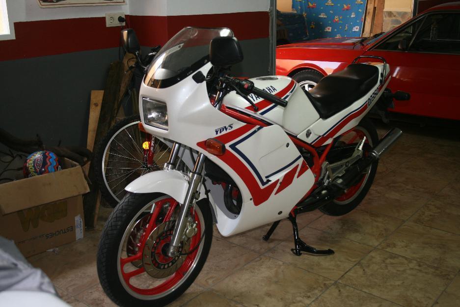 Yamaha rd 350 restaurada