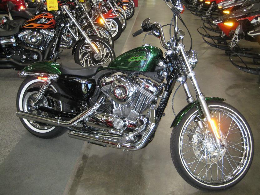 2013 Harley-Davidson XL1200V Seventy Two