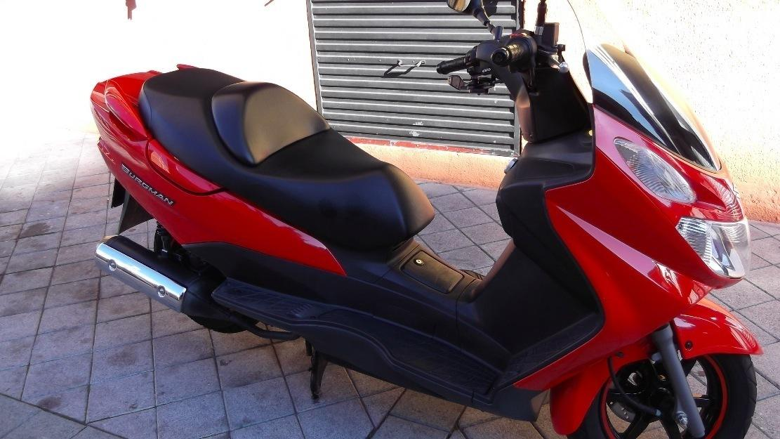 Moto burgman 125cc executive