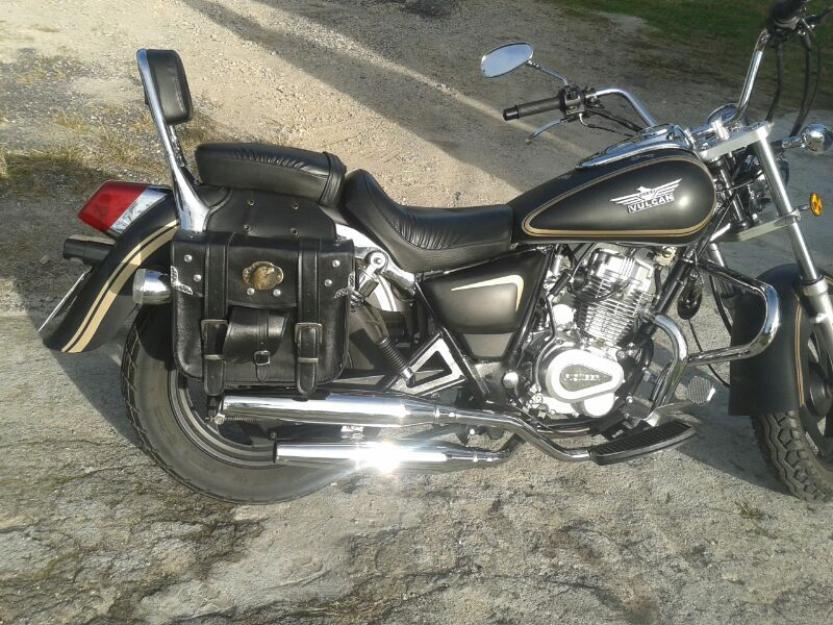 moto pioneer en buen estado