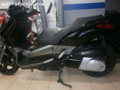 Yamaha X MAX 250.......impecable