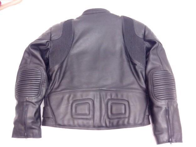 Chaqueta Garibaldi cuero moto