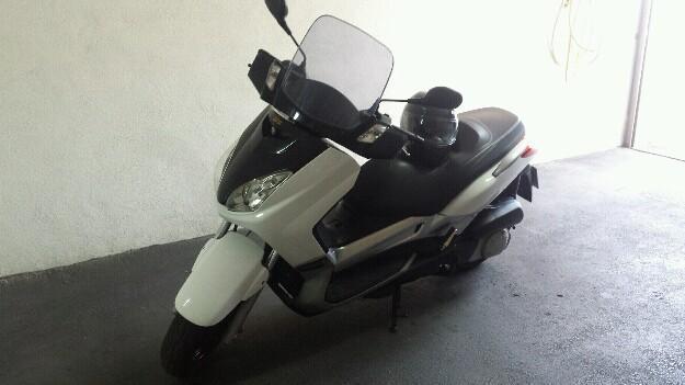 Yamaha Xmax 250 sport