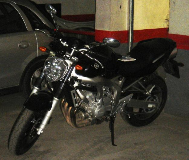 Vendo Yamaha FZ6 N estropeada